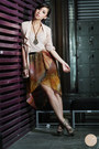 Off-white-h-m-top-brown-romwe-skirt-dark-khaki-s-h-heels