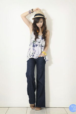 navy getwear jeans - violet f&x top - yellow Extreme finds bracelet