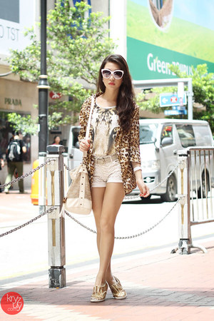 gold j&amp;m shoes - brown glam effect blazer - white Gap shorts