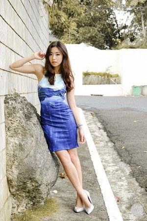 blue WAGW dress