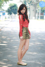 Gold-oh-my-frock-shorts-red-wagw-top-gold-so-fab-flats