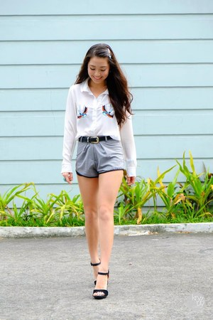 white WAGW top - heather gray WAGW shorts