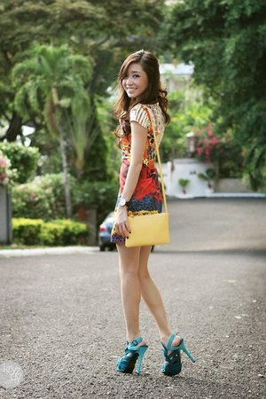 red kayssa dress - light yellow Celine bag - turquoise blue ffaq heels