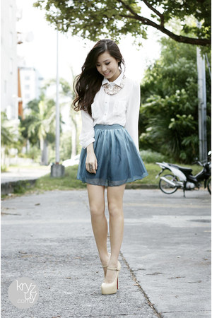 gold island girl necklace - eggshell Sheinside heels - sky blue sabrina skirt