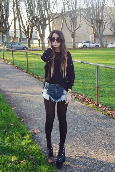 black OASAP sweater - black hellbound UNIF shoes - blue One Teaspoon shorts