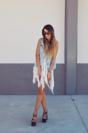 white stray UNIF dress - brown UNIF shoes - sky blue gypsy warrior vest