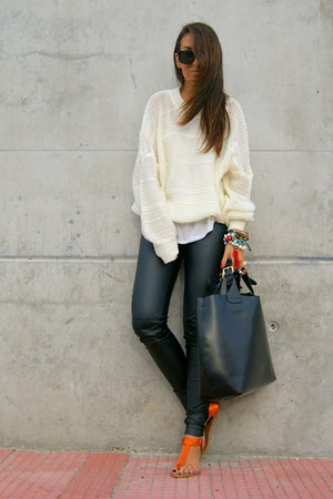 Black Sweater Dress on Dress Sweater Black Zara Leather Bag Carrot Orange Zara Sandals Black