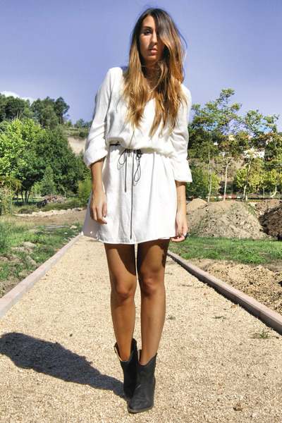 white Zara dress - black cowboy boots elite boots