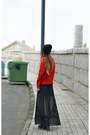 Black-high-heels-suicide-hat-ruby-red-zlz-sweater