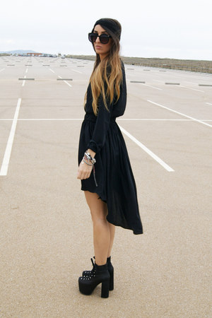 black romwe dress - black unfi shoes