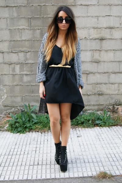 black UNIF heels - gray Pixie cardigan