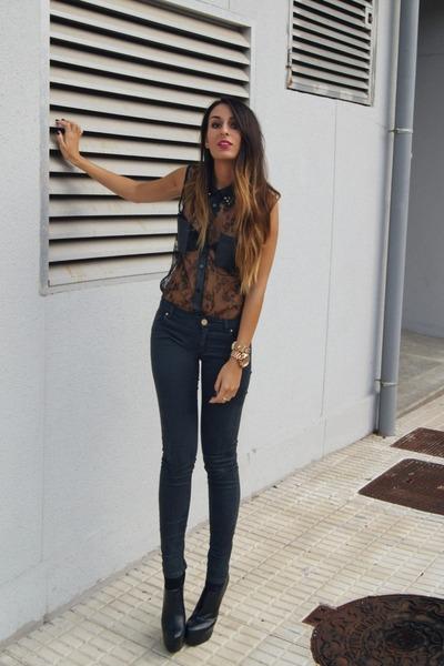 black lace Jovonna shirt