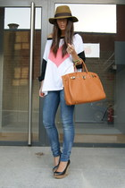 black wedges Zara shoes - hot pink Little fox shirt - burnt orange birkin BLANCO