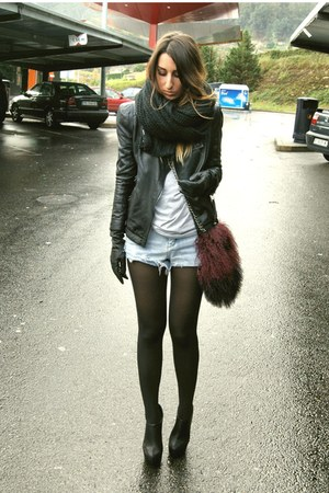 brick red faux fur Zara bag - black Nelly boots - black leather Zara jacket
