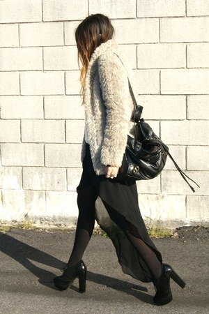 black Zara skirt - black Fox House shoes - camel New Yorker coat