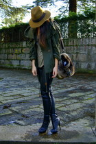 dark green parka Zara coat - black leather H&M leggings - dark brown faux fur Za