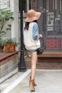 White-knit-vest