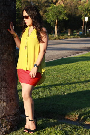 red shorts Forever 21 skirt - yellow high low cut Nectar blouse