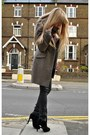 Black-kurt-geiger-boots-light-brown-zara-coat