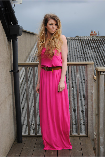 hot pink maxi dress new look dress - bronze suede Celine belt - gold 60s vintage