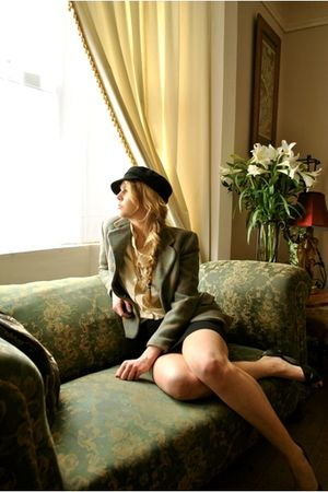 green vintage jacket - beige vintage blouse - black Kangol hat - black H&M skirt