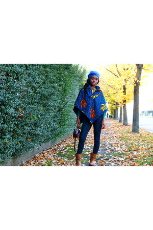 navy Ara Couture cape