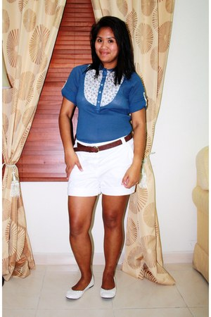 white Gap shorts - brown Stradivarius belt - white studded Viss flats - blue Max