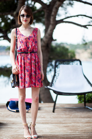 Juicy Couture dress - Aldo bag - Pollini sandals - kate spade glasses