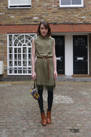 Diesel dress - Massimo Dutti boots - Angel Jackson bag - H&M belt