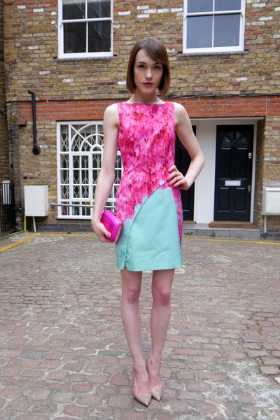 Roger Vivier bag - Matthew Williamson dress - Kurt Geiger heels