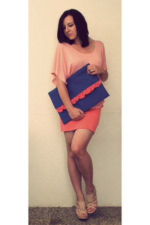 peach H&M shirt - blue clutch DIY bag - peach Ebay heels - carrot orange high wa