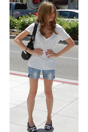 Gap shirt - Marc by Marc Jacobs bag - shorts - Chanel flats