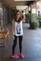 brandy melville top - Forever 21 leggings - nike sneakers - Ray Ban glasses