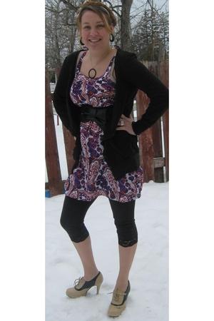 purple dress - beige top - black sweater - black belt - black leggings - beige s