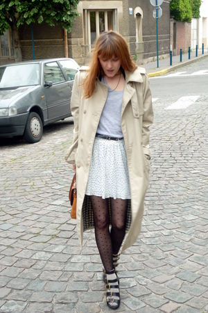 silver H&M t-shirt - black ANDRE shoes - black H&M tights - beige H&M Trend coat