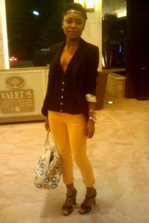 yellow calvin klein jeans - black OP Barneys cardigan - black Zara blazer - whit