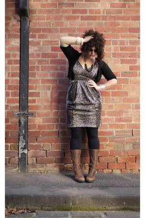 Jacqui E dress - diamante Oroton sunglasses