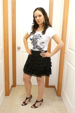 black Express skirt - black Nine West shoes - white Express t-shirt - silver Pur