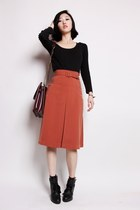 Minimal ladylike,A line midi skirt & black top by ARTFITSHOP