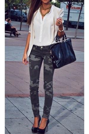 ivory blazer - bag - white blouse - black heels - army green pants