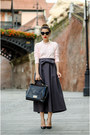 Light-pink-zara-sweater-black-otter-bag-black-zara-pumps
