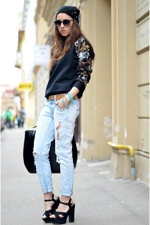 black DIY hat - blue Thristed jeans - black Sheinside sweatshirt