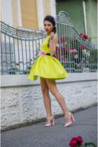 chartreuse Sheinside dress - light pink Zara heels