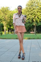 wwwsheinsidecom Sheinside shorts - light pink Zara shirt - black H&M bag