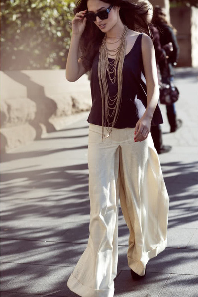 Samantha Wills necklace - Karen Walker Derby sunglasses - Notion of Legacy pants