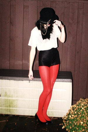 red American Apparel tights - Zara shoes - chain hat DIY hat - fur vintage scarf