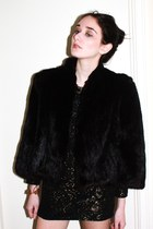 metallic Virgo UK dress - black fur vintage coat