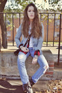 Periwinkle-hollister-jeans-black-makemechic-boots