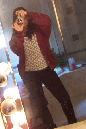 field gear sweater - reuhl top - hollister top - xhilaration jeans - Icing earri