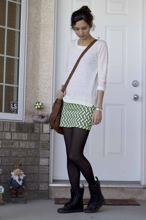 Yesstyle skirt - Smart Set sweater